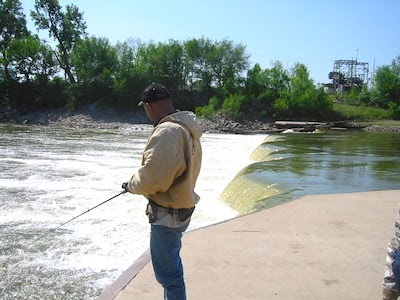 River access tips for Kaw lake fishing report