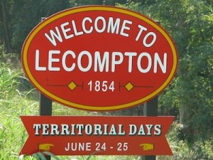 Lecompton sign